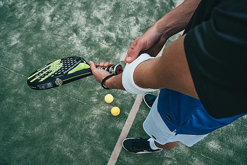 網球新手必看!如何選擇適合自己的網球拍,這3點很關鍵