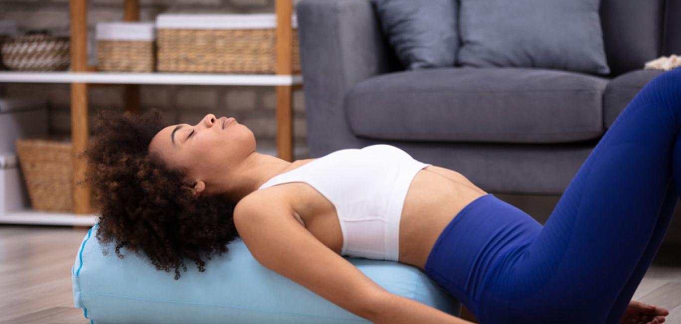 不用爆汗也能瘦身?靜瑜伽讓你輕輕鬆鬆邊躺邊瘦!