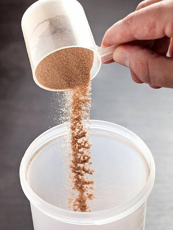 只有健身才可以喝嗎?乳清蛋白服用量及優缺點懶人包!