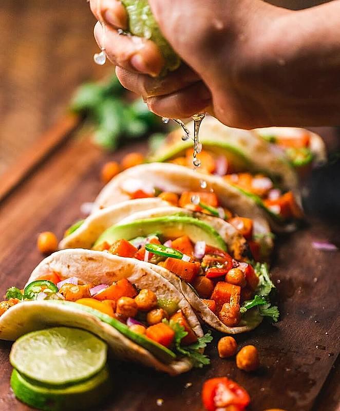 外食族又想瘦身?那麼你一定要把Taco放進你每次的小吃攤選擇裡!