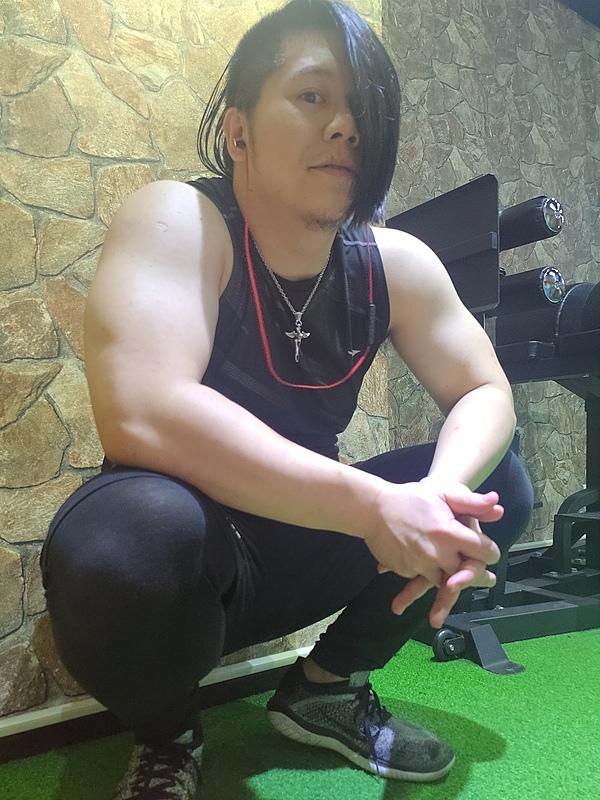 不受祝福也要找到認同的自己,台灣本土職業摔角手-惡王Kazuya